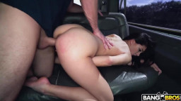 Bangbros - Bangbus - Reyna DeLaCruz - Cheating Girlfriend Fucks For Cash