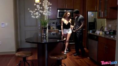 Nurse Asa Akira Enjoys Sex in the Anus